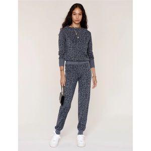 Heartloom Iris Grey Leopard Jacquard Knit Joggers Medium NWT